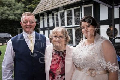 Michael_&_Laura_Worsley_Court_House_Wedding 00449