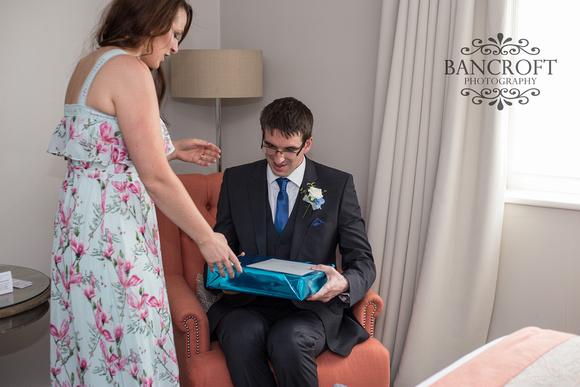 Keith_&_Laura_Thornton_Hall_Wedding 00091