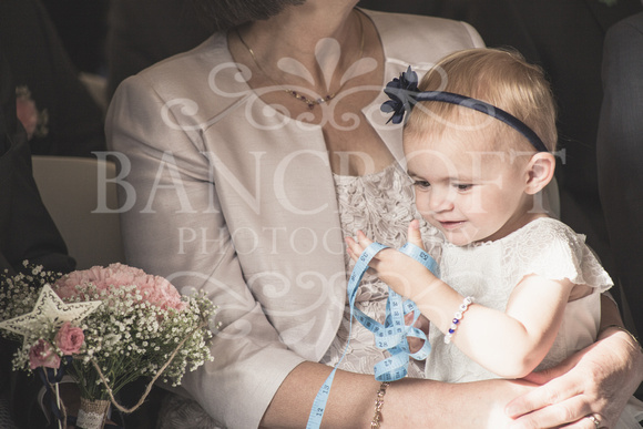David & Rebecca Statham Lodge Wedding 01430