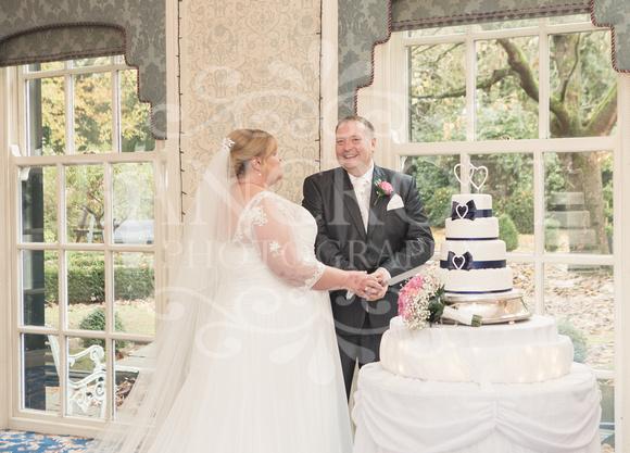 Graham-&-Jeanette-Statham Lodge Wedding - 00093