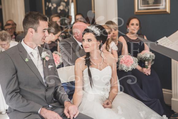 David & Rebecca Statham Lodge Wedding 01400