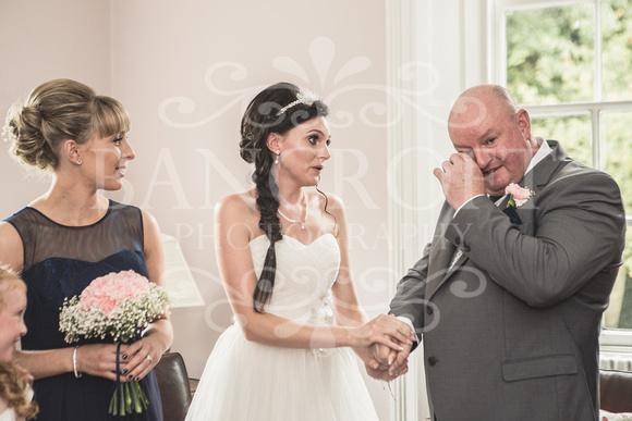 David & Rebecca Statham Lodge Wedding 01126
