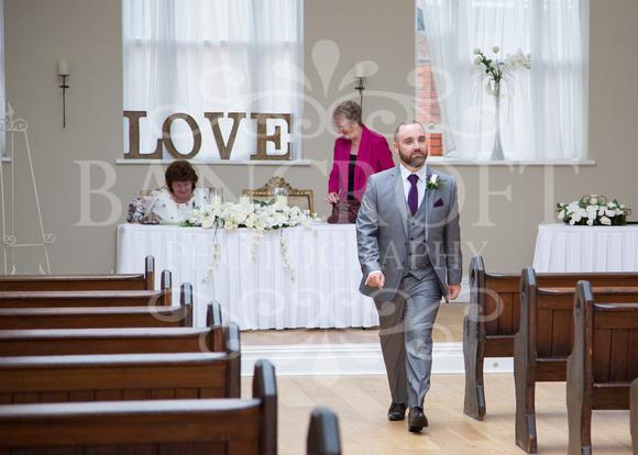 Barry & Stacey Leasowe Castle Wedding 01642