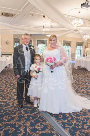 Graham-&-Jeanette-Statham Lodge Wedding - 00037