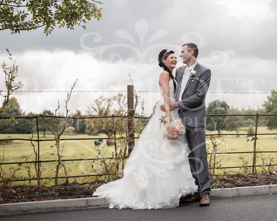 David & Rebecca Statham Lodge Wedding 01727