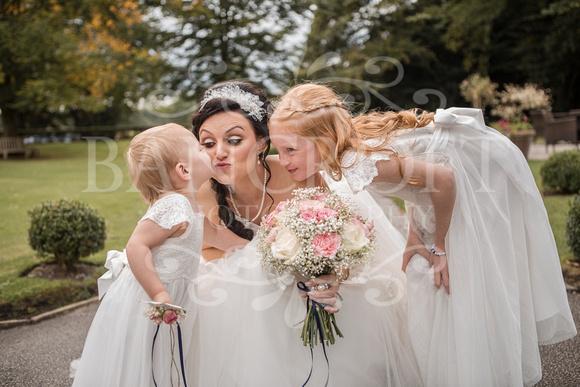 David & Rebecca Statham Lodge Wedding 01836