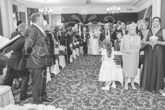 Graham-&-Jeanette-Statham Lodge Wedding - 00043