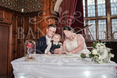 Michael_&_Laura_Worsley_Court_House_Wedding 00268