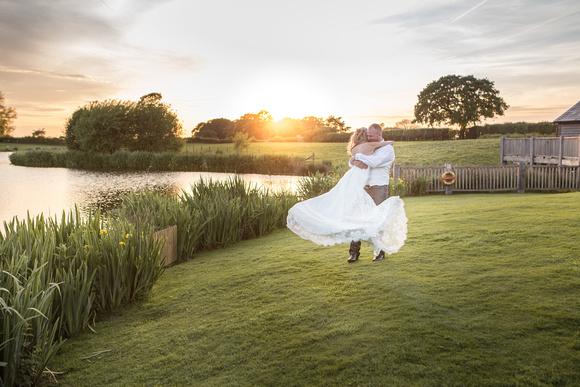 Tom _and_Lianne_Sandhole_Oak_Barn_Wedding 01960