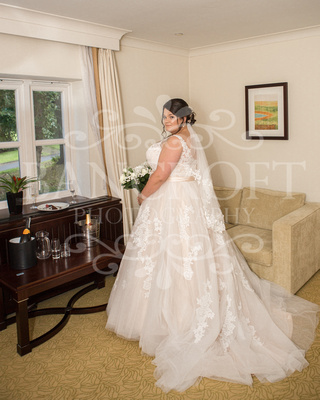Michael_&_Laura_Worsley_Court_House_Wedding 00123