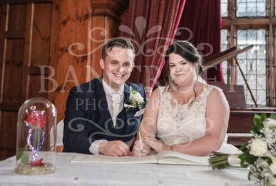 Michael_&_Laura_Worsley_Court_House_Wedding 00262