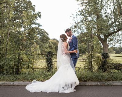 Ben_&_Victoria_St_Albans_Statham_Lodge_Wedding_00104