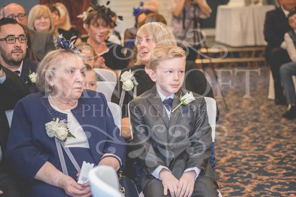Graham-&-Jeanette-Statham Lodge Wedding - 00052
