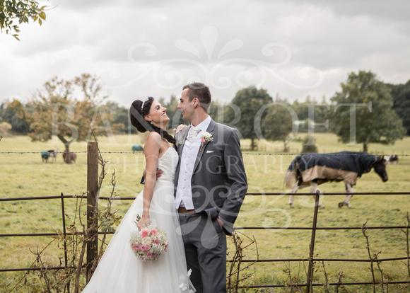 David & Rebecca Statham Lodge Wedding 01690