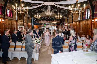 Michael_&_Laura_Worsley_Court_House_Wedding 00209