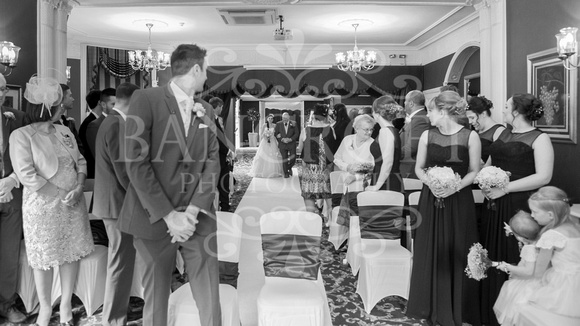 David & Rebecca Statham Lodge Wedding 01331