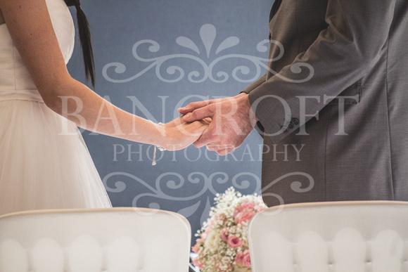 David & Rebecca Statham Lodge Wedding 00226