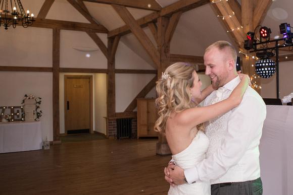 Tom _and_Lianne_Sandhole_Oak_Barn_Wedding 01476