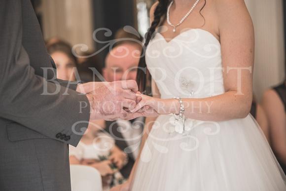 David & Rebecca Statham Lodge Wedding 01489